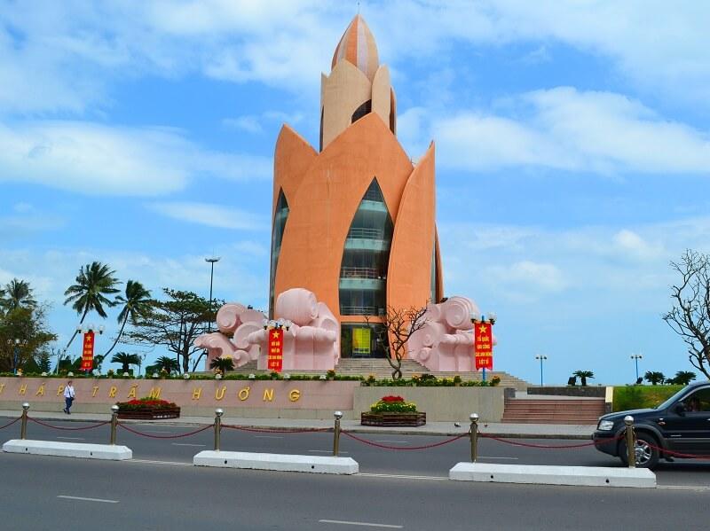 Tháp Trầm Hương Nha Trang - Điểm check in không thể bỏ qua khi đến Nha Trang